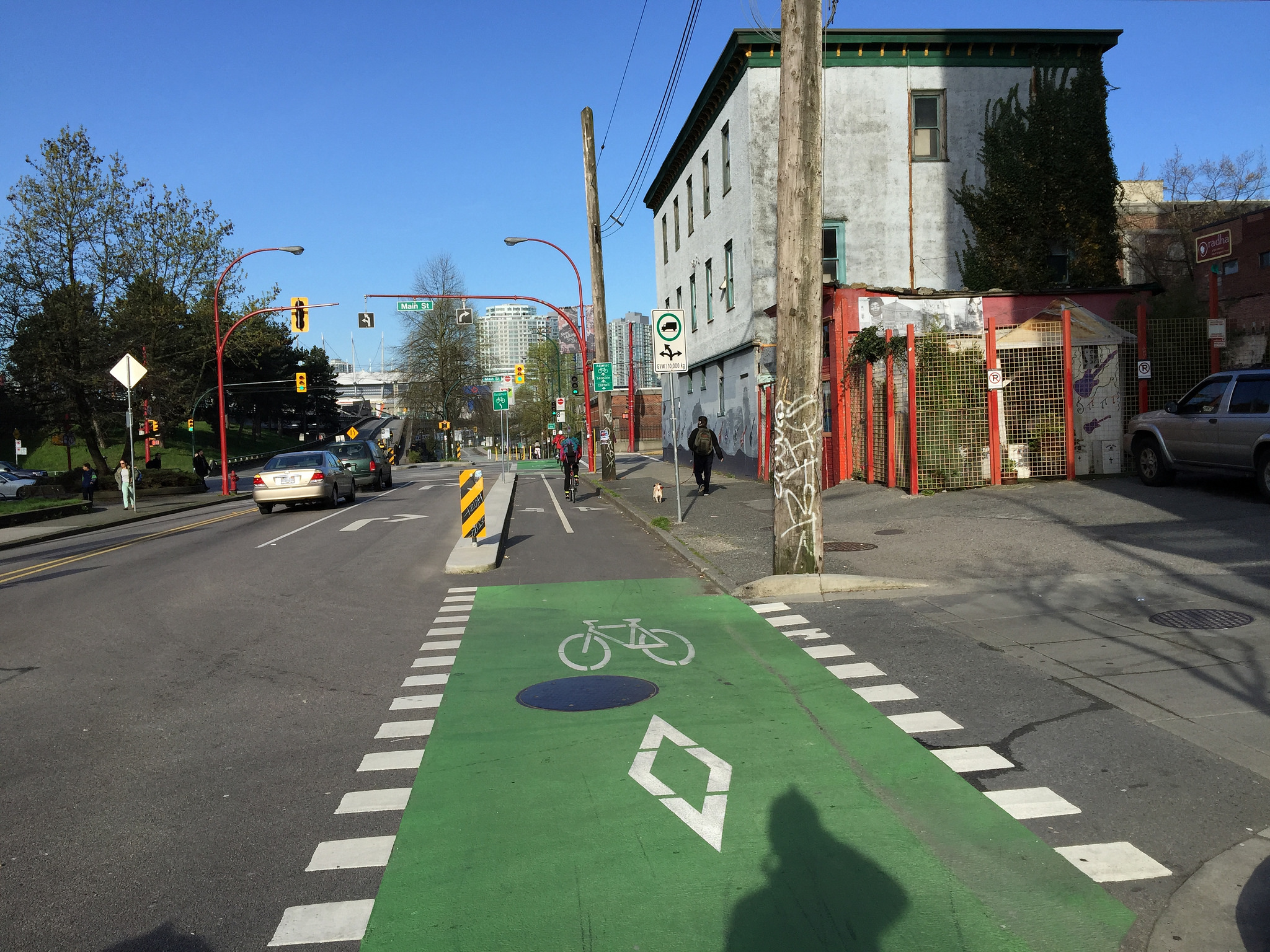 How Bike Lanes Could Reduce Congestion in Vancouver